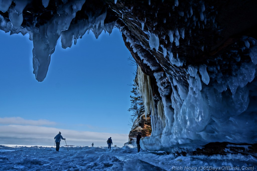 Y2-D040-Apostle-Islands-Ice-Caves-1