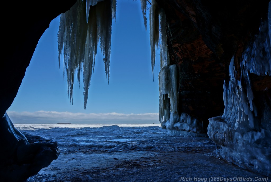 Y2-D040-Apostle-Islands-Ice-Caves-3