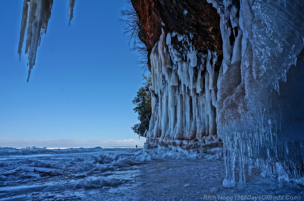 Y2-D040-Apostle-Islands-Ice-Caves-4