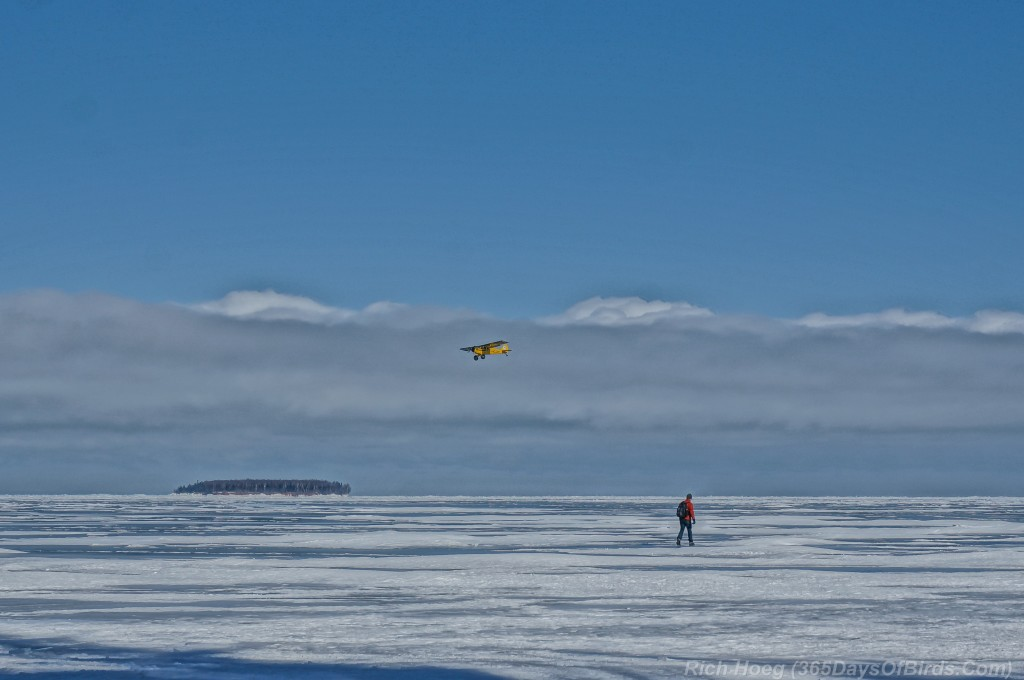 Y2-D040-Apostle-Islands-Ice-Caves-International-Airport-1