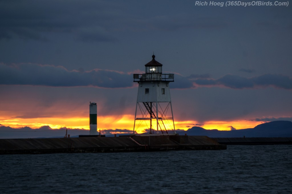 17-Grand-Marais-Lighthouse-Sunset-2