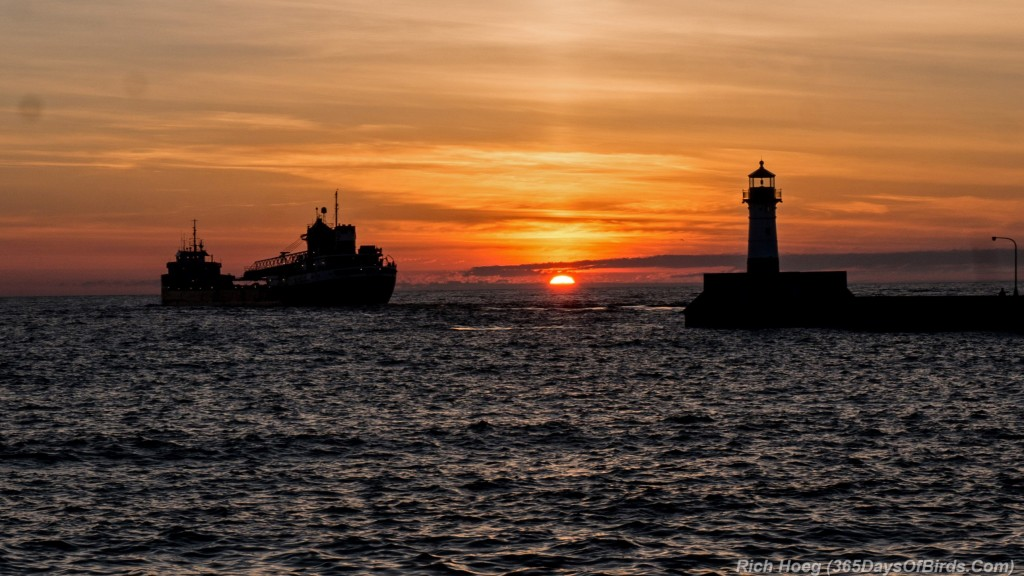 Michipicoten-Outbound-Duluth-Sunrise-Canal-Park-4