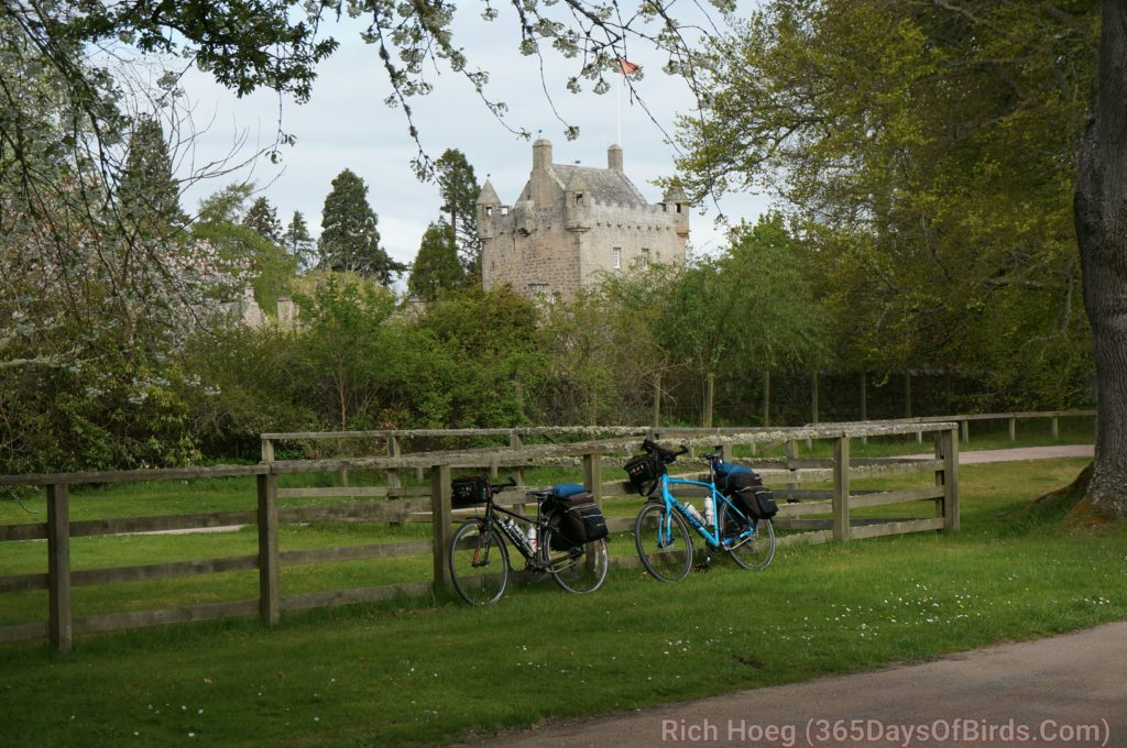 d5-cawdor-castle-1_wm